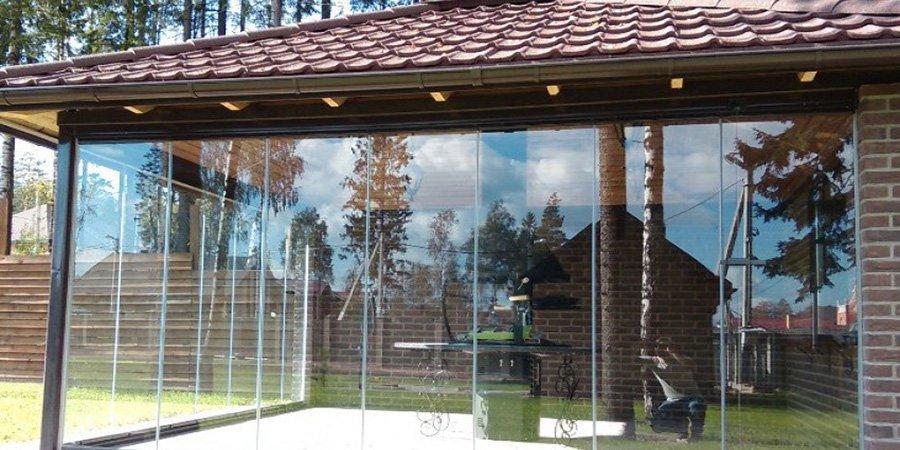 Ограждение из стекла для саун и хаммамов