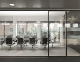 Почему стоит выбрать стеклянные перегородки для офиса