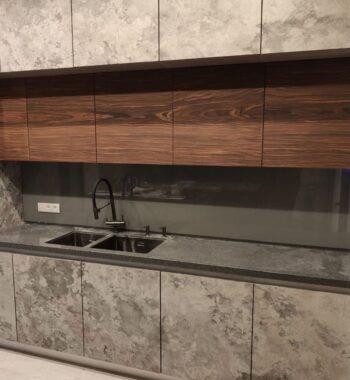 Проект «Кухонный фартук из стекла»
