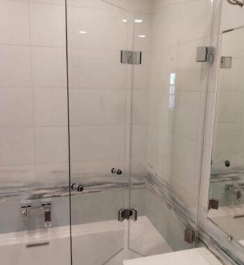 Проект «Стеклянное ограждение (шторка) на ванну»