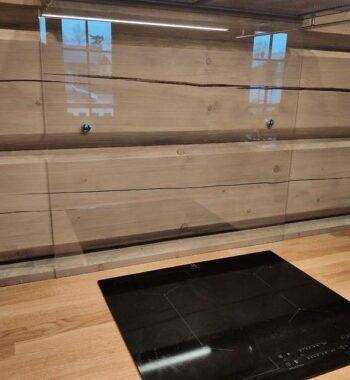 Проект «Фартук на кухонную зону из закаленного стекла Оптивайт»