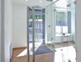 Цельностеклянные двери: прозрачность – не признак хрупкости!